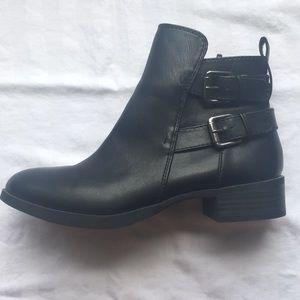 Black Old Navy Booties